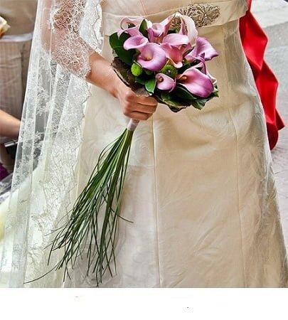 bridal bouquet loving heart 1