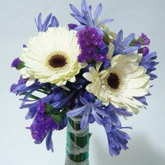 toss bouquet miranda